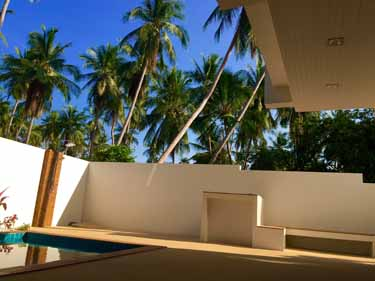 sev-pool-and-decking-image