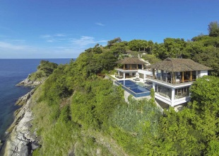 Luxury Holiday Villa Nestled On The Headlands Of Kamala