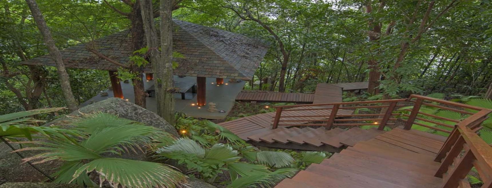 Luxury Holiday Villa Nestled On The Headlands Of Kamala