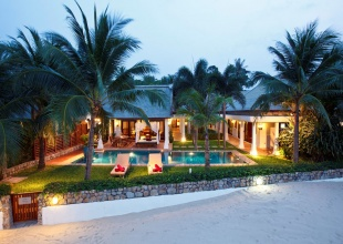Luxury Thai style villa directly on Maenam beach