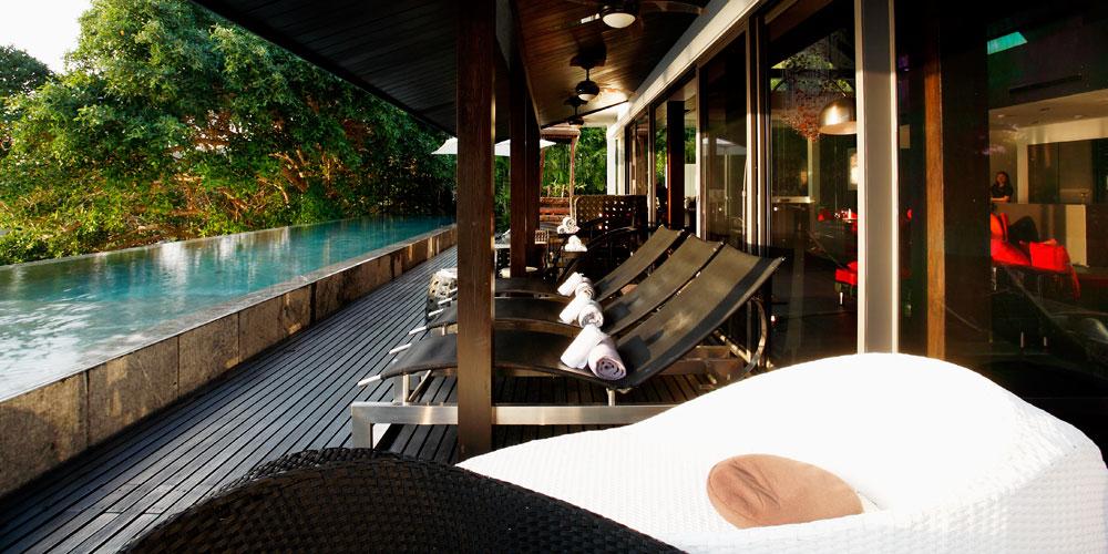 Luxus Villa Innendesign Yin Phuket Traditionaler Einrichtungsstil