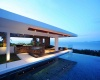 270-degree views across the glassy waters of the Thai Gulf